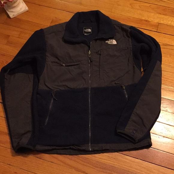d8dd457cf Men's North Face Denali Fleece Jacket Size Small